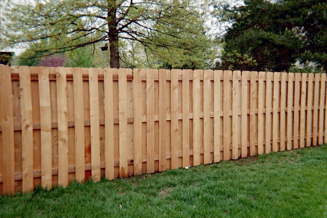 Fence shadowbox wood fences Fence planner